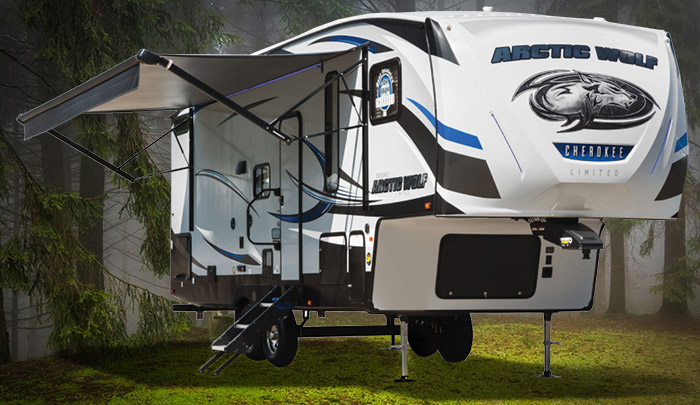Half Ton Towable Fifth Wheels >> Lightweight Fifth Wheel Camper Trailer Options Half Ton Trucks