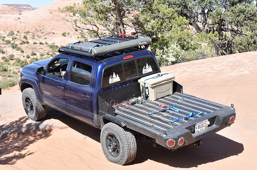 toyota tacoma with custom flatbed
