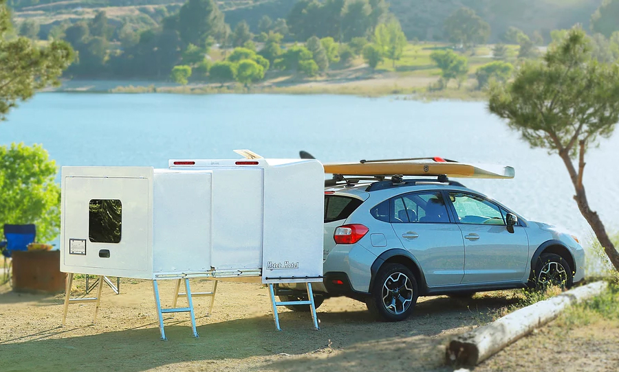 expandable hitch camper