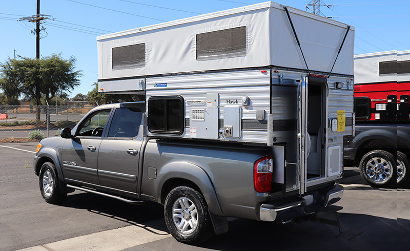 four wheel camper on toyota tundra