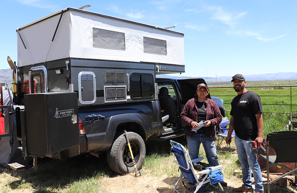 four wheel camper service technicians