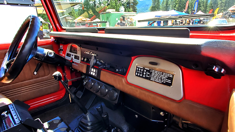 1978 land cruiser fj40 dash with dakota digital guages