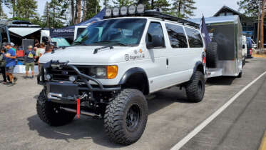 4x4 conversion ford e350 van with 8 inch lift kit