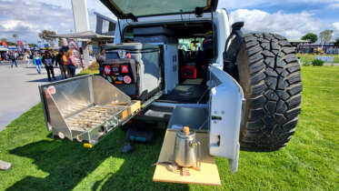 goose gear camp kitchen jeep jlu